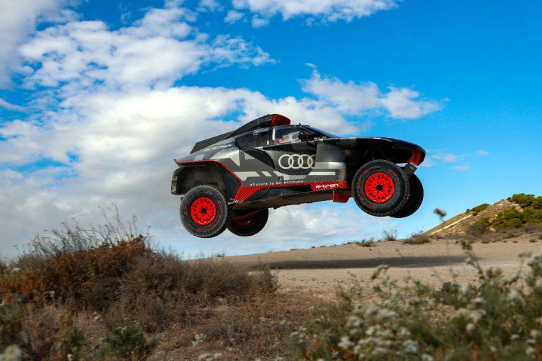 ラリー/WRC   アウディのダカールプロト『RS Q e-tron』が8日間のテストを完了。サインツら3選手が参加