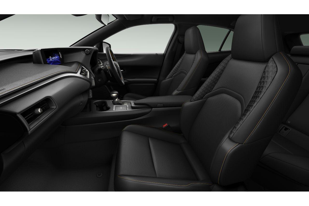 """『レクサスUX』にふたつの特別仕様車""""F SPORT Style Blue""""""""Elegant Black""""が新設定"""