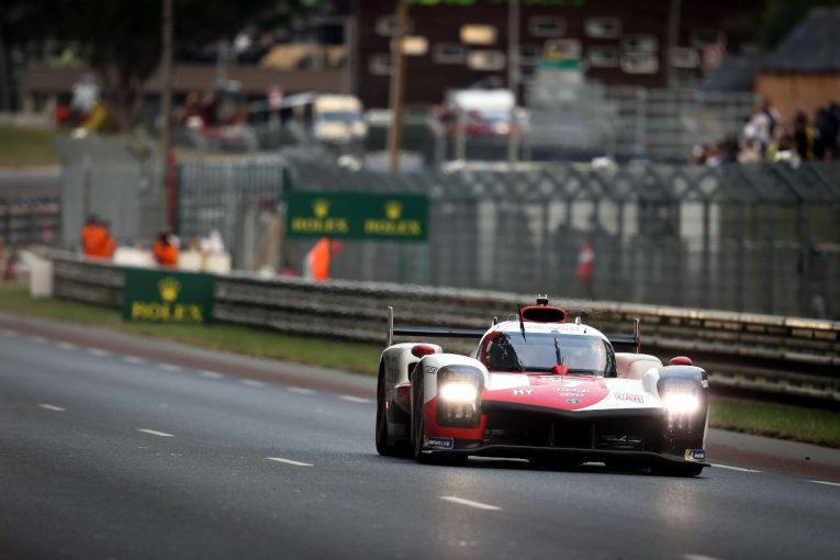 ル・マン/WEC   2番手トヨタ8号車に問題発生。残り6時間、首位は7号車/ル・マン24時間 決勝18時間後