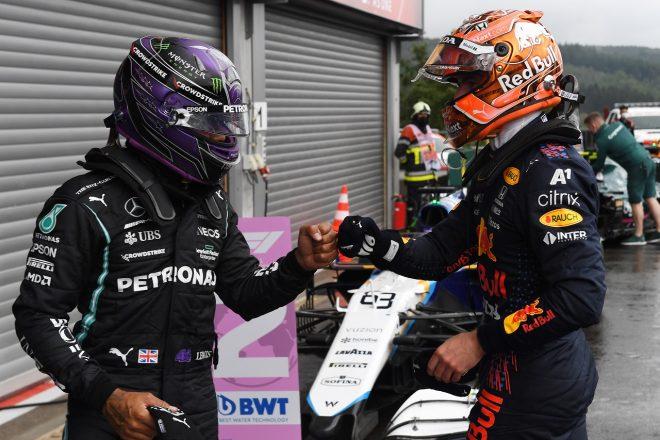 2021年F1第12戦ベルギーGP ポールのマックス・フェルスタッペン(レッドブル・ホンダ)と3番手のルイス・ハミルトン(メルセデス)