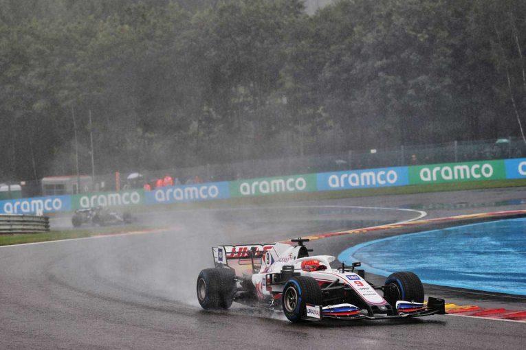 F1   グランプリのうわさ話:幻となったマゼピンのファステストラップ