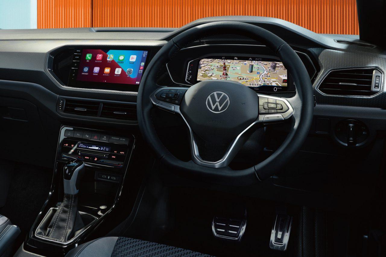 フォルクスワーゲン、最小SUVの『T-Cross』を仕様変更。最新の運転支援やタッチ式パネルを採用