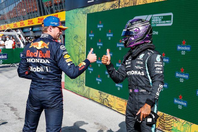 2021年F1第13戦オランダGP予選 1番手マックス・フェルスタッペン(レッドブル・ホンダ)、2番手ルイス・ハミルトン(メルセデス)