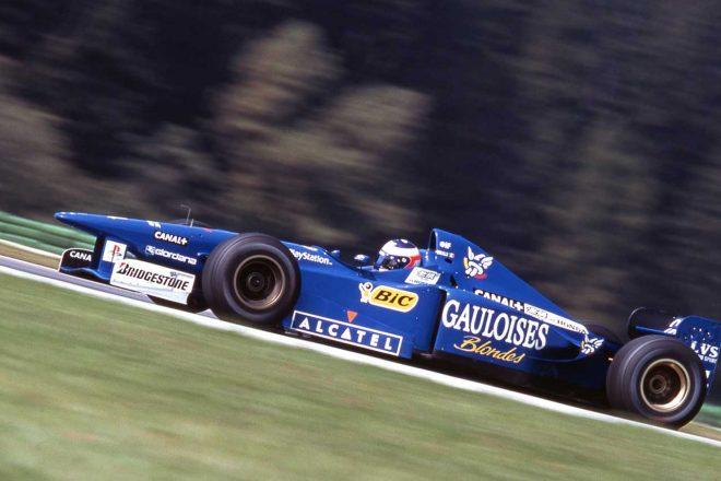 負傷したオリビエ・パニスに代わり7戦に出走したトゥルーリはドイツGPで4位に入り、自身初入賞を果たしている