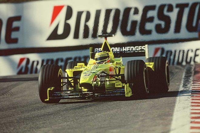 2000年ベルギーGPでもフロントロウにつけたがタイヤの消耗の早さに悩まされる結果に