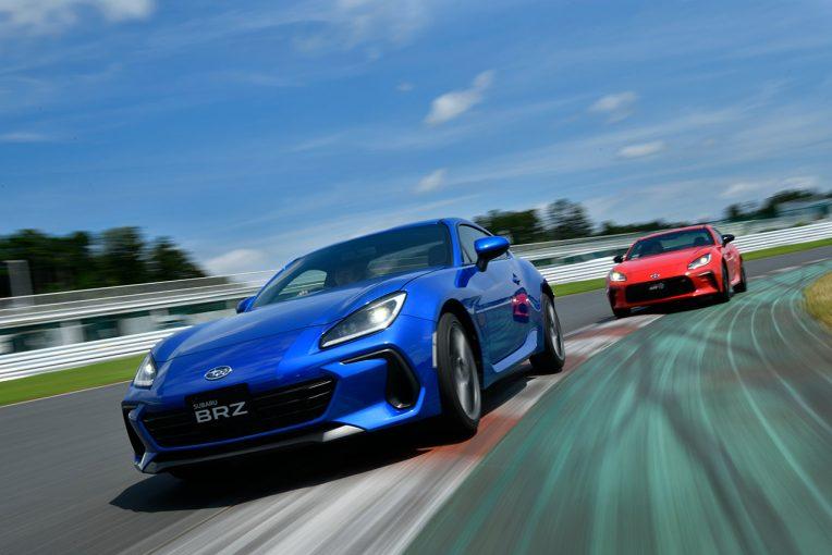 クルマ | トヨタGR86&スバルBRZのサーキット試乗。ドリフト走行で見えた新型の変化と進化【大谷達也のモータースポーツ時評:番外編】