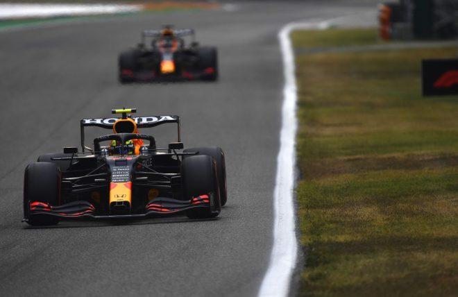 2021年F1第14戦イタリアGP セルジオ・ペレスとマックス・フェルスタッペン(レッドブル・ホンダ)