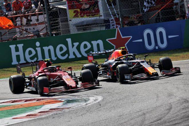 カルロス・サインツJr.(フェラーリ)&セルジオ・ペレス(レッドブル・ホンダ)
