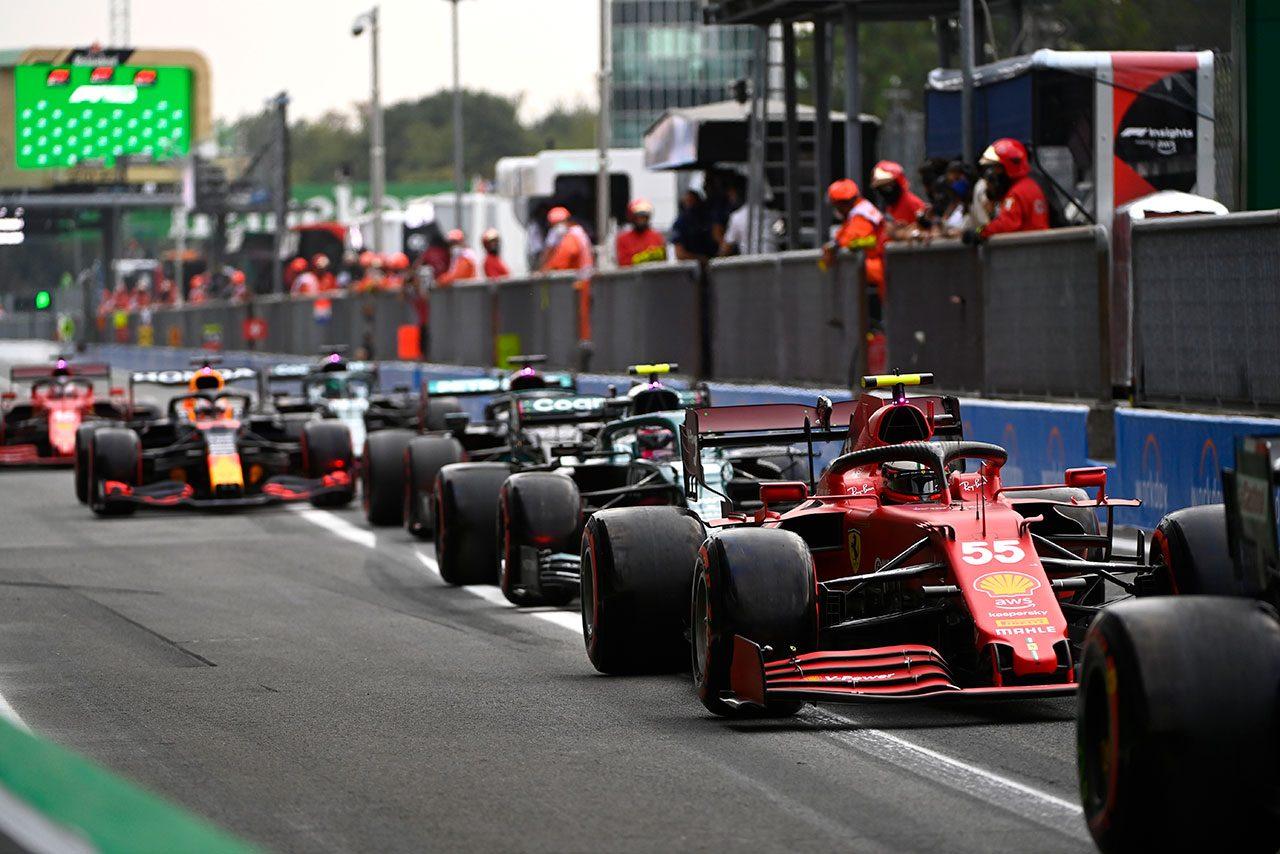 2021年F1第14戦イタリアGP予選 ピットレーン
