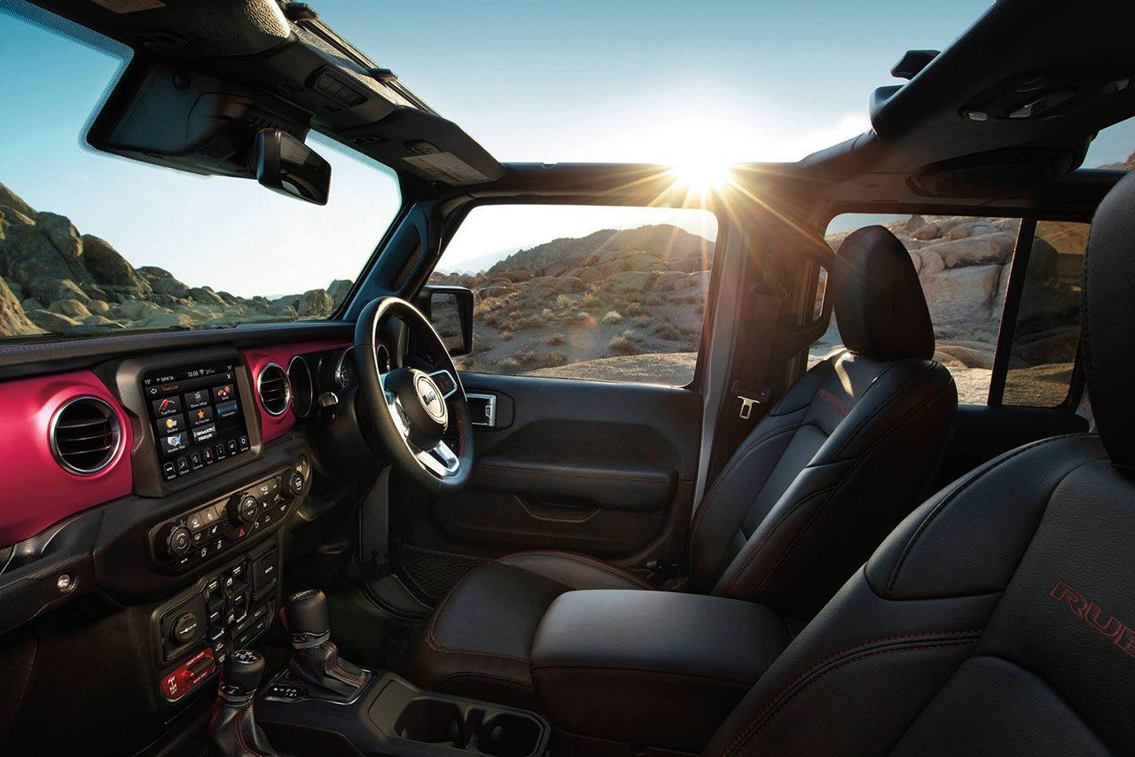 ジープ、初のピックアップトラック『グラディエーター』を今冬国内発表。日本仕様の右ハンドル車も用意