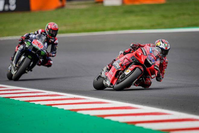 MotoGP | 【レースフォーカス】2連勝のバニャイアに対し、ポイント差のダメージを最小限に抑えたクアルタラロ/MotoGP第14戦サンマリノGP