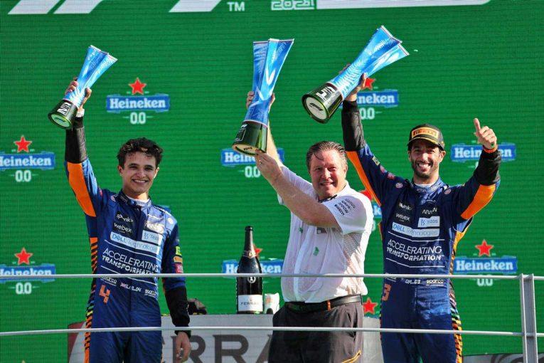 F1 | 【動画】マクラーレンF1のボスがふたりの現役F1ドライバーとバトル