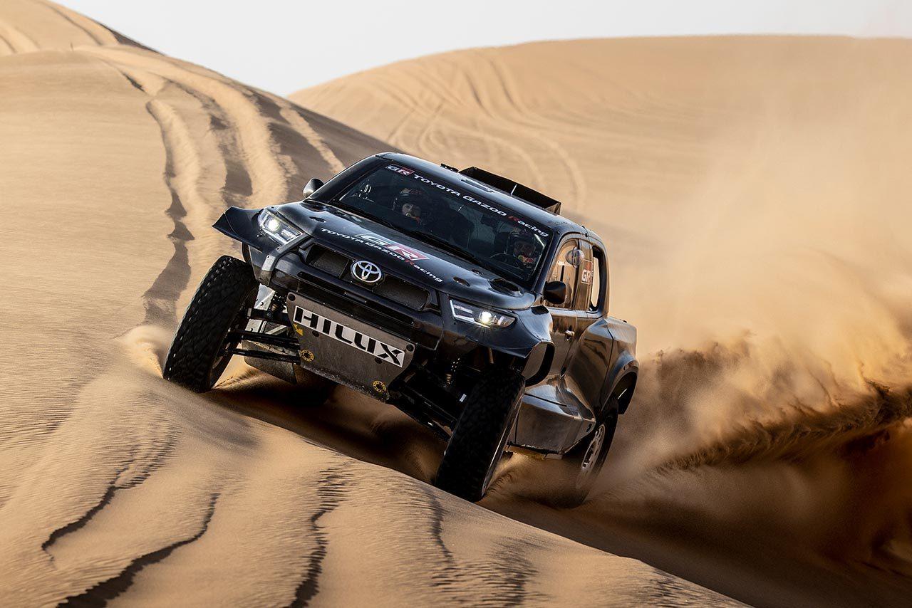 TOYOTA GAZOO Racing、2022年ダカールに4台体制で参戦。新カテゴリーT1+にハイラックス投入