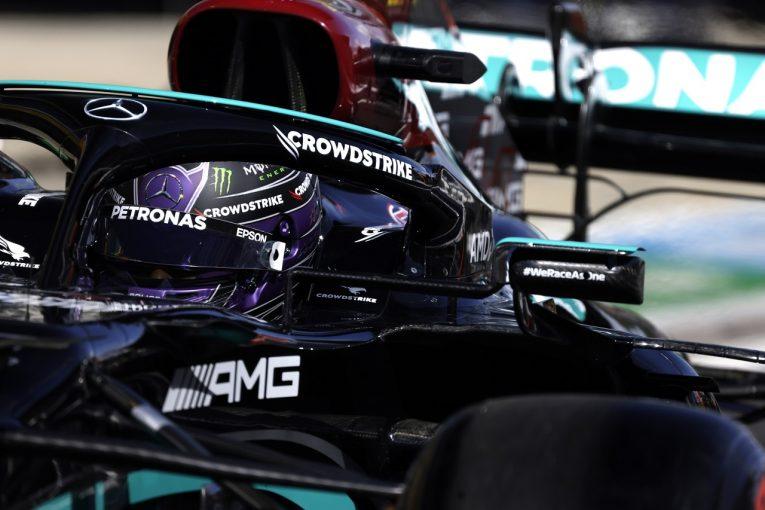 F1   ハミルトン、ピットストップ時に14年間で初の事故「メカニックが心配で心臓が飛び出しそうになった」F1第15戦金曜