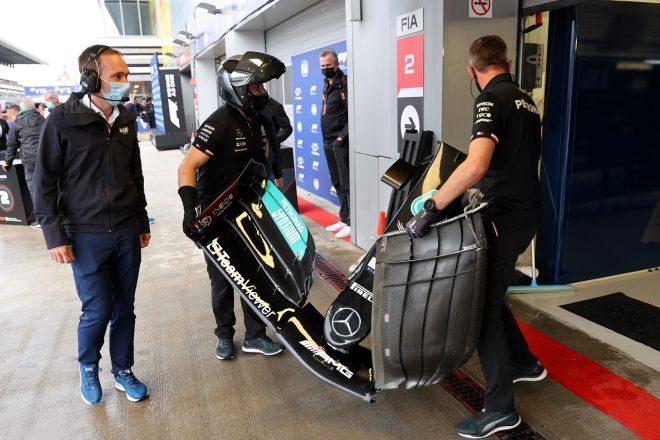 2021年F1第15戦ロシアGP予選 ルイス・ハミルトン(メルセデス)の壊れたウイング