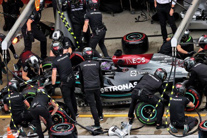 2021年F1第15戦ロシアGP予選 ルイス・ハミルトン(メルセデス)がピットイン