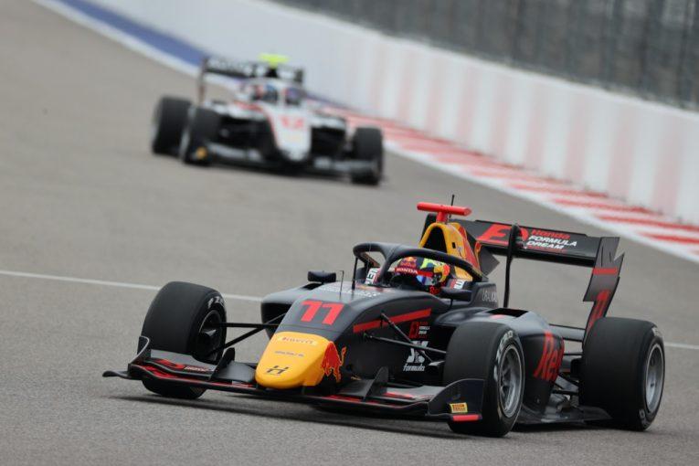 海外レース他   ドゥーハンが4勝目。岩佐歩夢は9台抜き9位でシーズンを締めくくる【FIA-F3第7戦ロシア レース3】