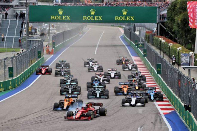 2021年F1第15戦ロシアGP スタートシーン
