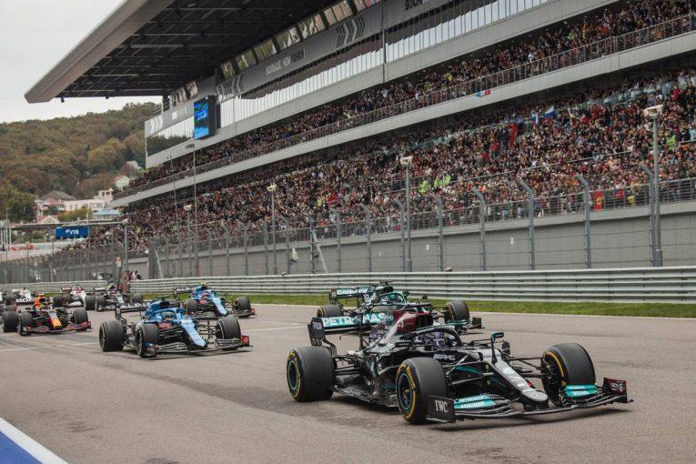 F1   メルセデスF1代表「我々は最大限にポイントを獲れていない」タイトル獲得に向けアグレシッブなアプローチを継続