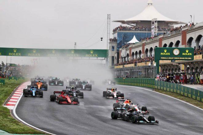 2021年F1第16戦トルコGP スタートシーン